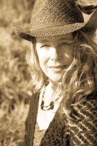 Bio Picture of Toi Lynn Wyle Ambassador to the Awakening Divine Feminine